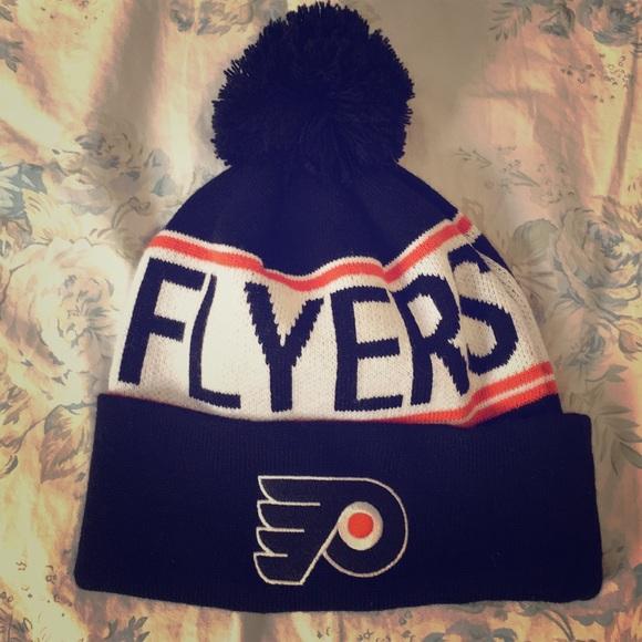 Flyers winter hat! M 5a4d042cd39ca26eb3016f9c f9e3f729bf23